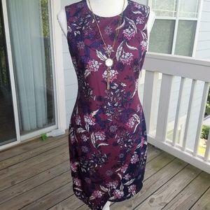 NWT Vince Camuto Asymmetrical Hem print dress